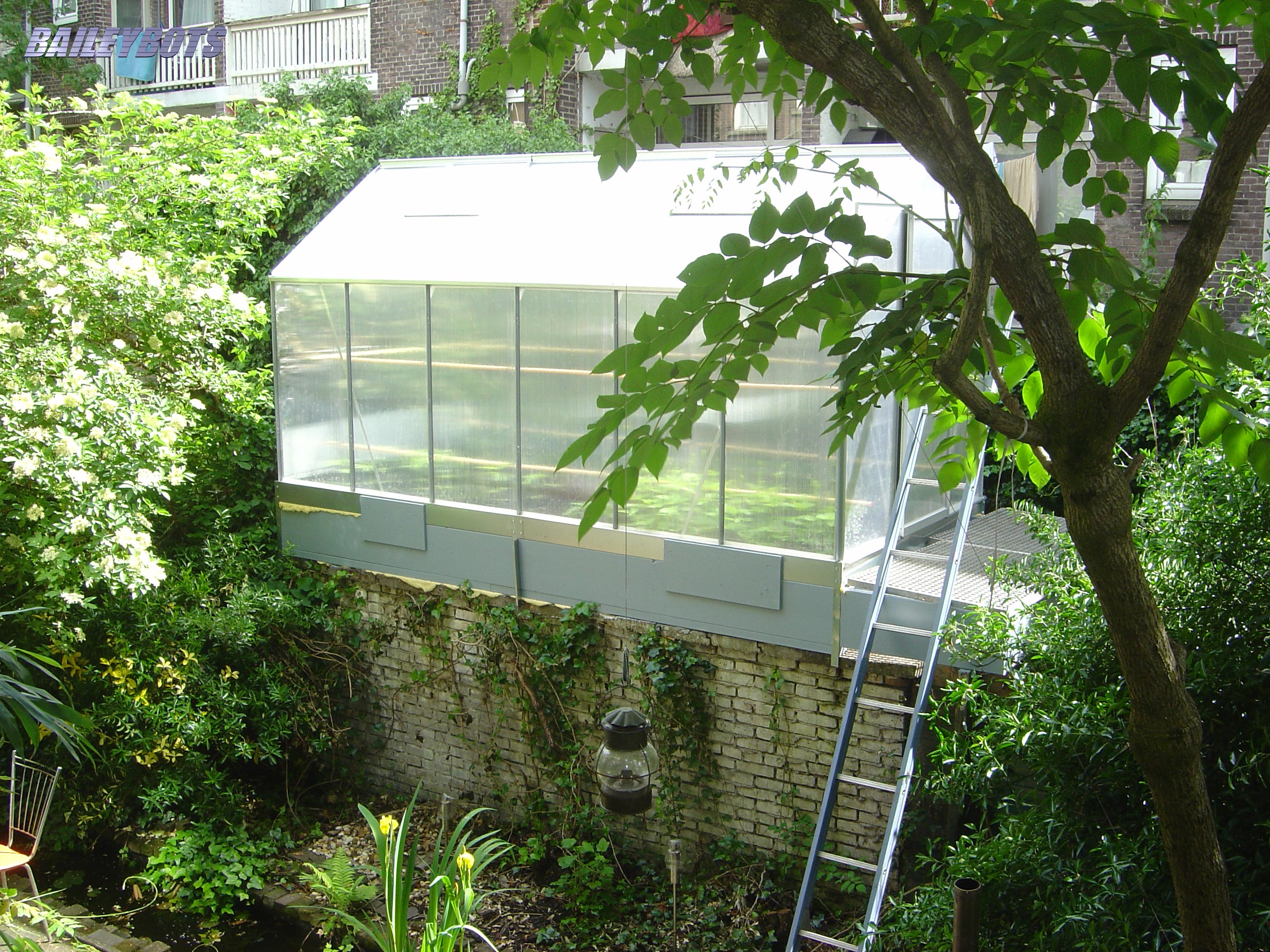 Supplement to the studio, a greenhouse!
